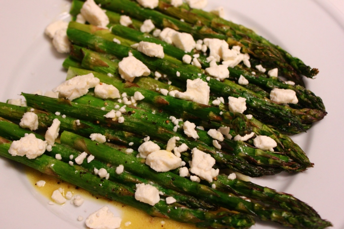 Asparagus with Feta and Champagne vinaigrette